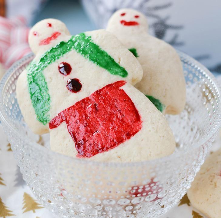 Julemenn skal helst være myke og lyse. Her er oppskrift og triks som gir porøse, myke julemenn. Pluss tips til harde julemenn, hvis det er det du vil ha!