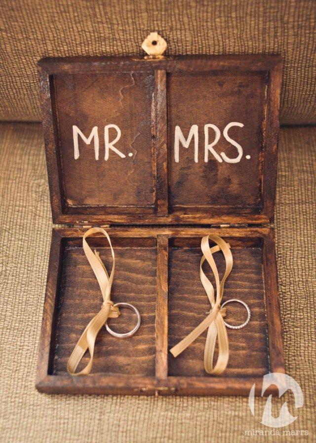 Wildwood Inn | Walters Wedding Estates | Denton Wedding Venue | Boutique Hotel | Wedding Day | DFW | Wedding Rings | Bride | Groom