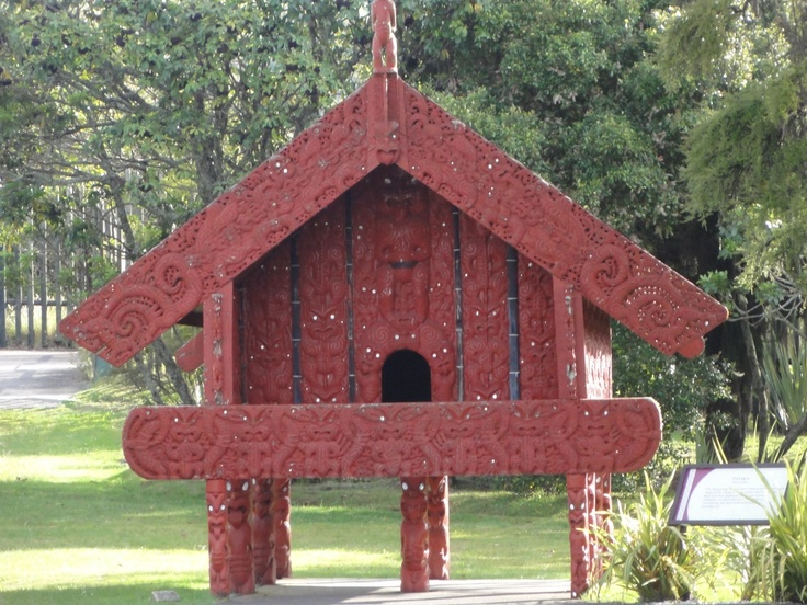 Carved maori storage house (Pataka)