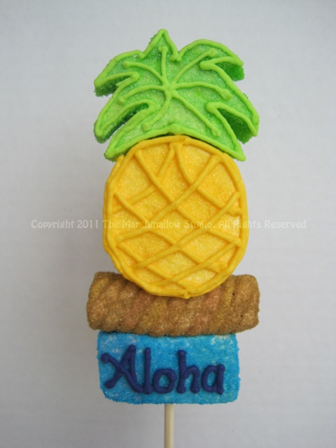 Pineapple #marshmallow #pop #favors #aloha #luau #pineapple