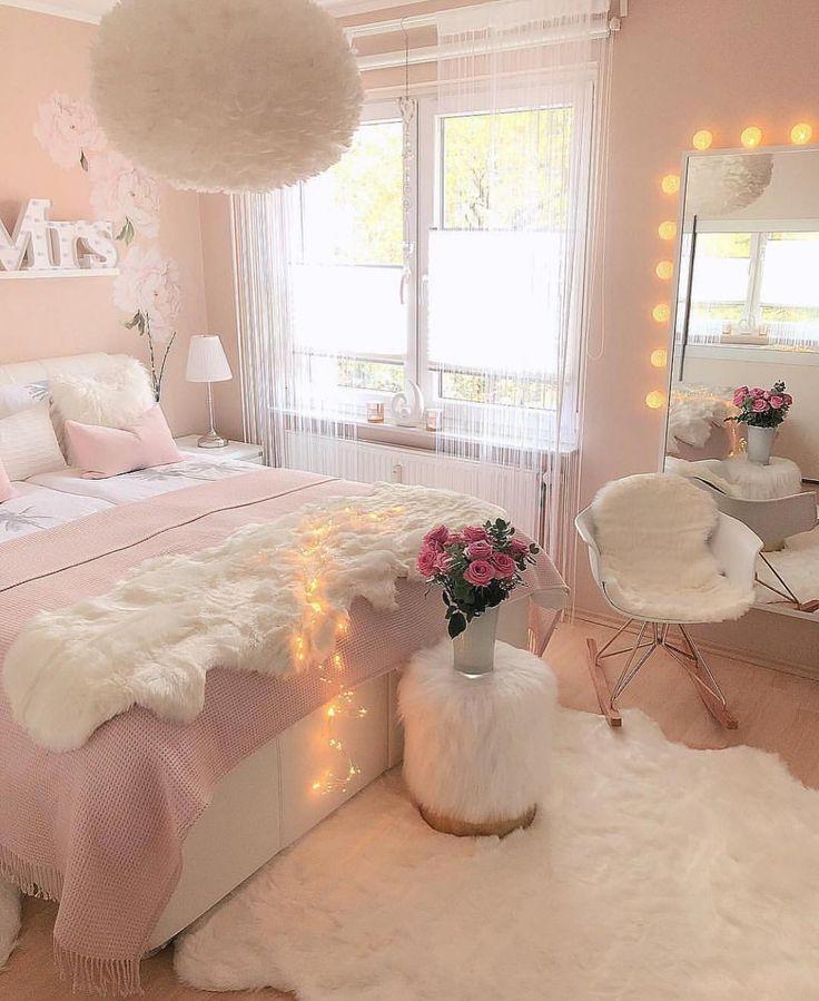 Mooie slaapkamer 💕 Tag een vriend voor inspo! 💫 Credit: @nihals_sweet_home -â …