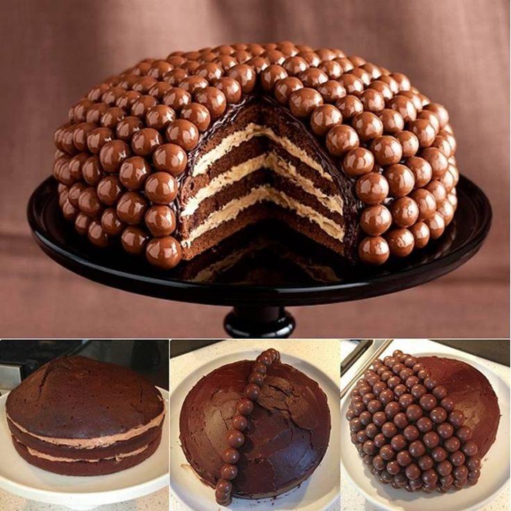 Torta diszítés egyszerűen, nagyon mutatós .