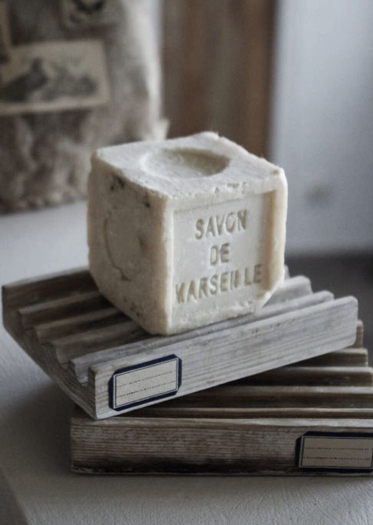 Some beautiful french bath soaps...