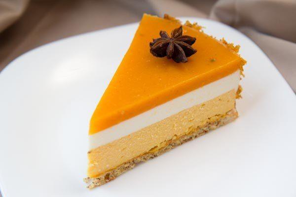 Сыроедческий тыквенный торт «Сим-салабим»