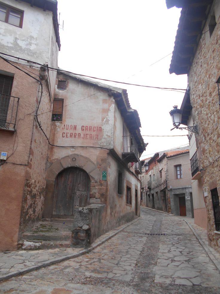 Bajada hacia el barrio de San Gil