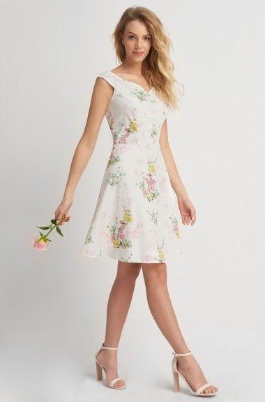 Ujjatlan virágmintás ruha