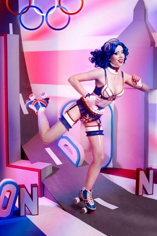 Résultats de recherche d'images pour «fetish roller girls»