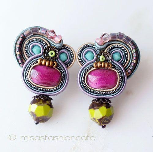 Dori Csengeri:earrings