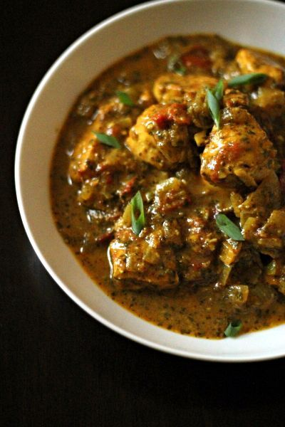Indian Tomato Cilantro Chicken~ This is delicious by itself, or would be wonderful over a bed of rice or egg noodles.