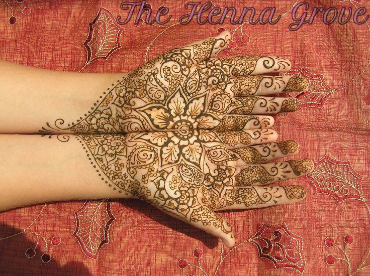 flower offering mehndi,  #mehndi, #mehndidesign, #mehndiart, #henna, #hennaart