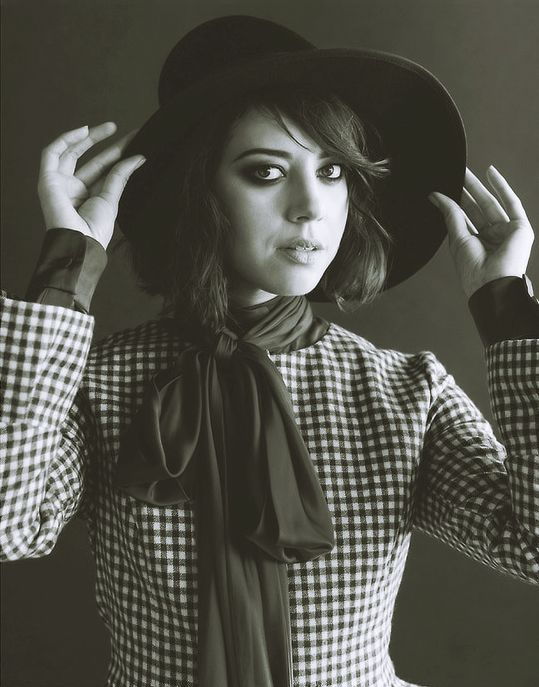 Aubrey Plaza - Foam Magazine - December 2013
