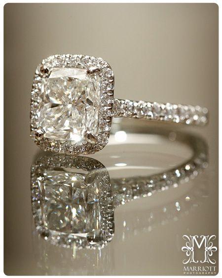 Wedding ring. Diamonds. Marriottphoto.com