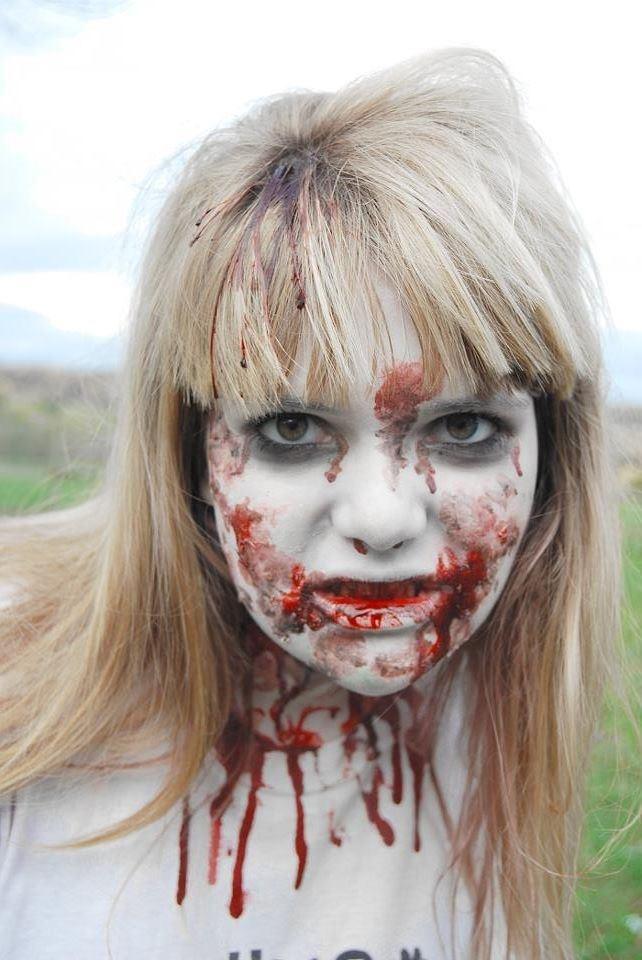 frightening zombie makeup face paint halloween scary zombie face art - Zombie Halloween Faces