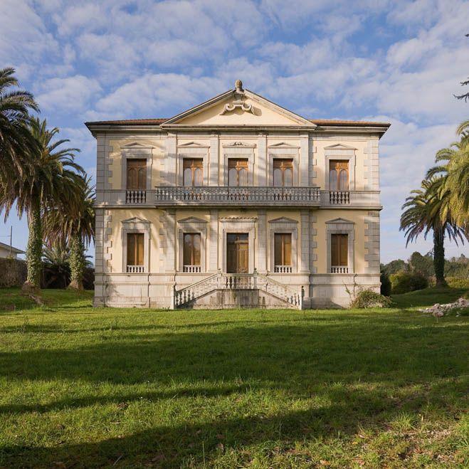 Marquesa de Arguelles, Llanes