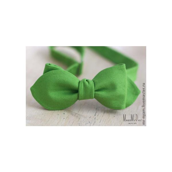 галстук-бабочка «листва» ❤ liked on Polyvore