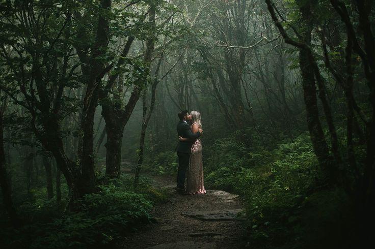 mountain weddings nc, craggy gardens, elopement photographers asheville // Morni…