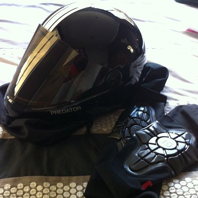 Pretty awesome day when these turn up in the mail! @predatorhelmets #predator #DH6 #fullface #longboarding #gform