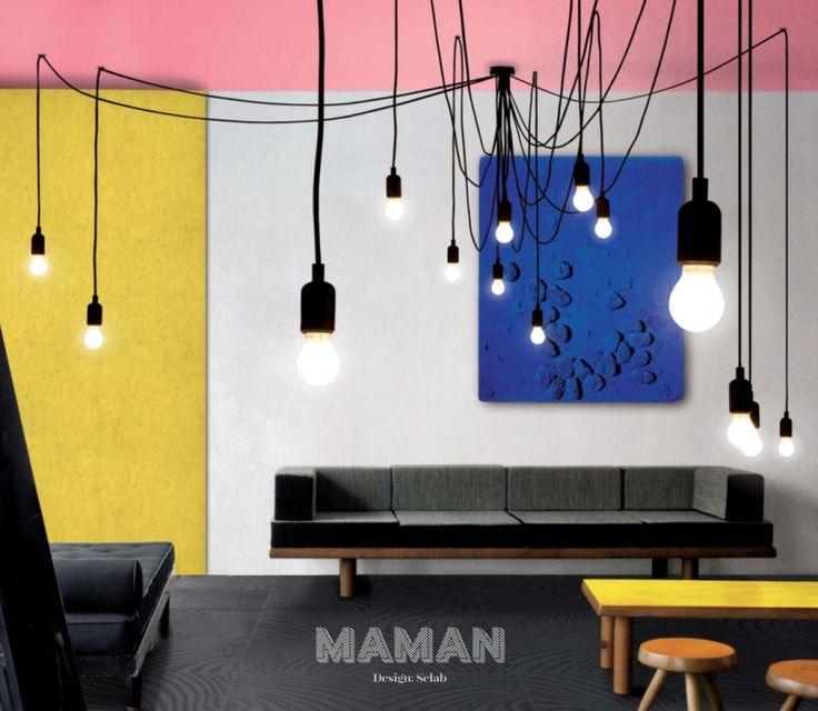 Maman - Selleti - hanglampFormaat: 7 lichtkabels - 3 meter, 7 kabels - 4 meter. incl. 14 x E27, 2,5 LED lampen ± 3000 branduren per lamp. Materiaal: Silicone, plastic, metaal. Design: Seletti by Selab. 363,-