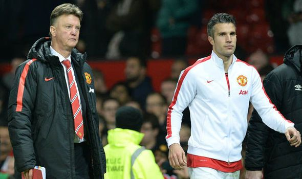 Robin van Persie to earn £47.4m from his move to Fenerbahce #First, #Louis, #Manchester, #OldTrafford, #Season, #United