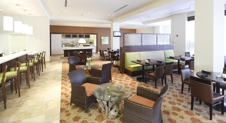 Hilton Garden Inn New Orleans Convention Center New Orleans Situated one block from the Morial Convention Center and within walking distance to many top New Orleans attractions, this hotel features spacious rooms along with many of today's modern conveniences.