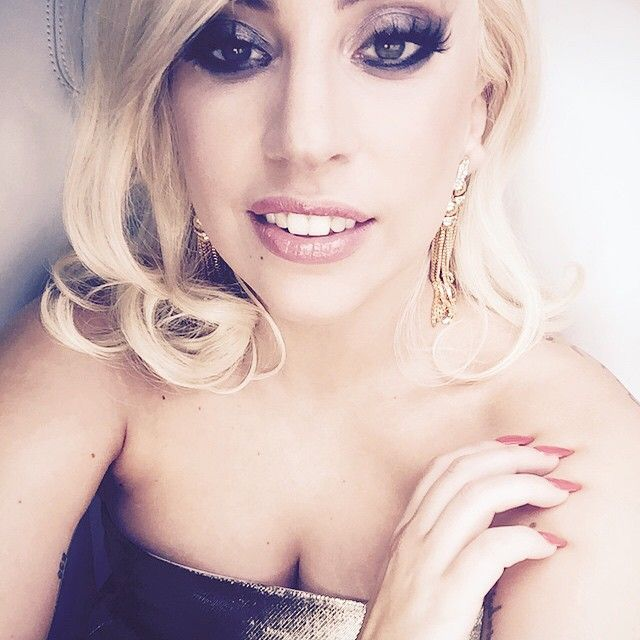 Hair News Network: Lady Gaga Reveals Black Bob Hairstyle