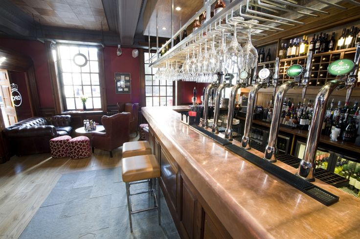 The bar at The Old Post Office, Wallingford