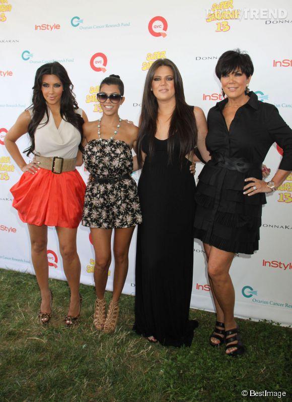 Kris Jenner et ses trois filles aînées en 2010.
