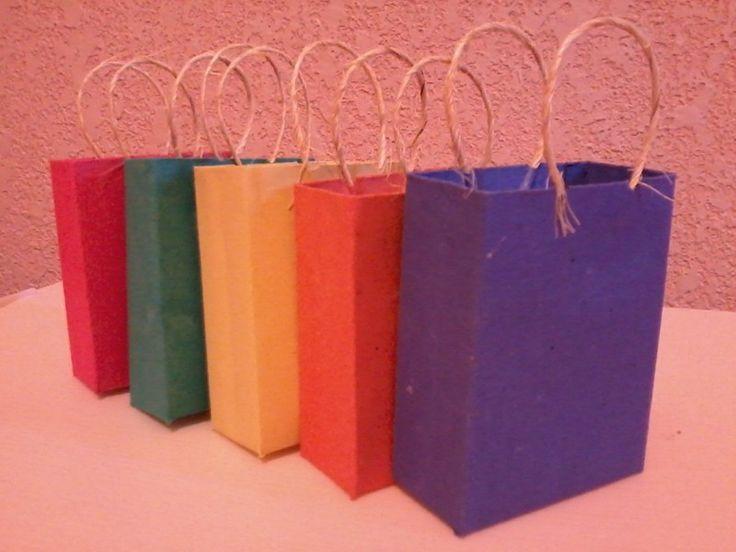 Idea de c mo hacer bolsas para regalo de madera para dar - Como hacer bolsas de regalo ...