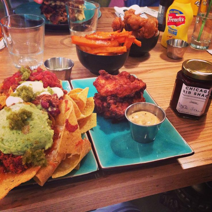 @Shalmabrend  Going to have a lie down now after tasting the nom @ChicagoRibShack in #Twickenham.