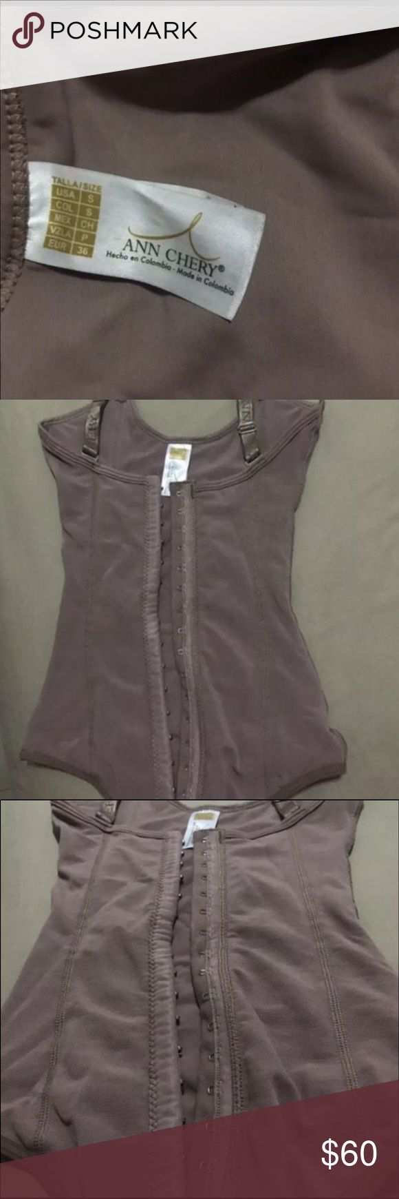 Ann chery girdle / faja Girdle Ann Chery from Colombia. Never used before. Small Other