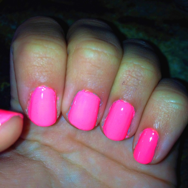 Bright Pink Nail Polish Colors: 25+ Best Ideas About Pink Nail Polish On Pinterest