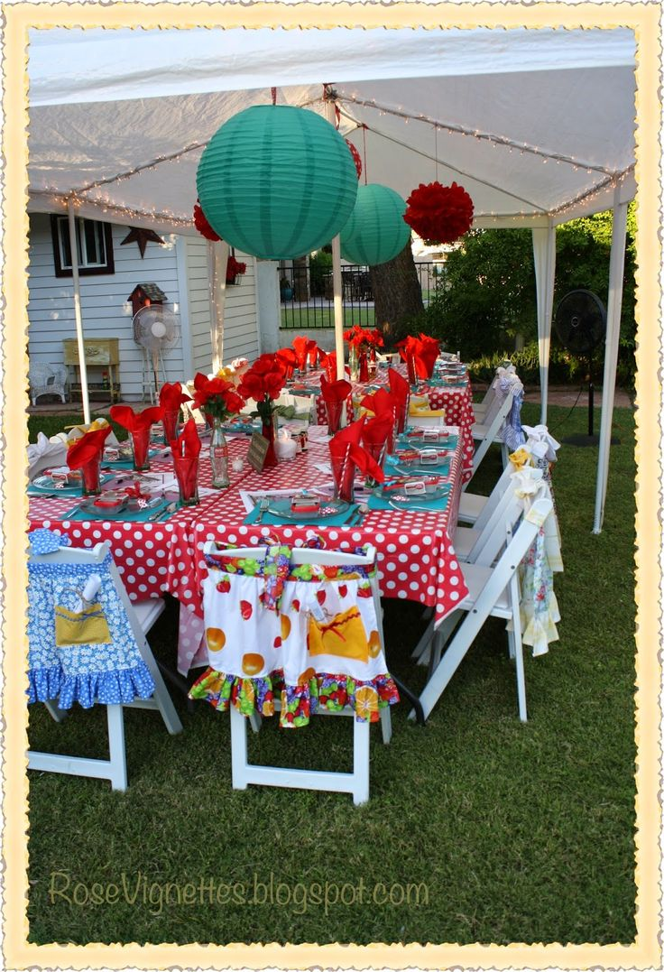 Rose Vignettes: A Bridal Shower With a Retro Desperate Housewives Theme