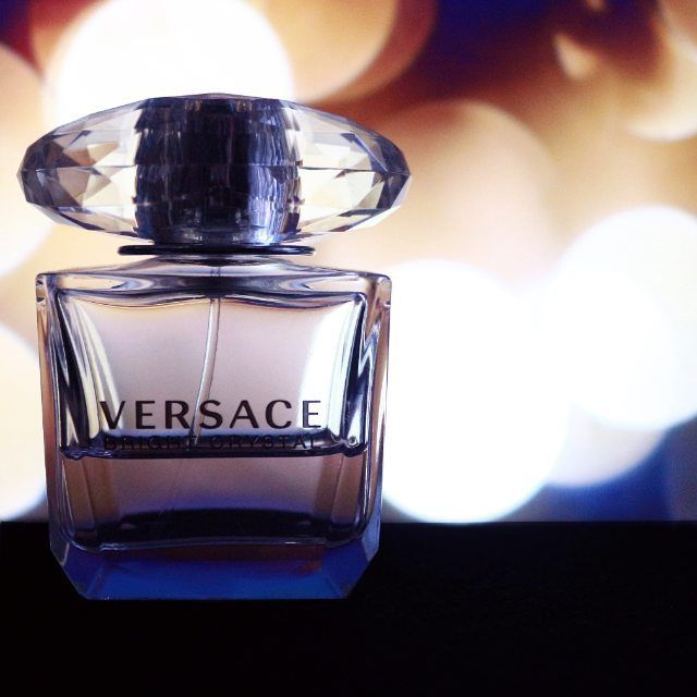 Are you a Versace #perfume design lover? Join the the best community and start making big save while being informed for the latest perfume news and deals.  #fragrance #love #perfumesets #parfume #parfum #cologne #perfumedesigner #loveperfume #beauty #scent #smellgood
