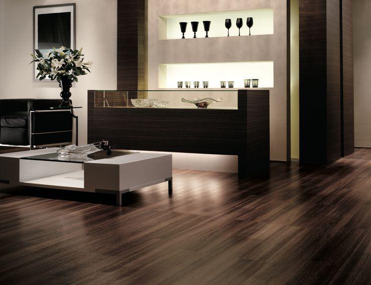 TOLI Mature Install   TOLI Mature Select Is Available In 16 Woodgrain And  12 Natural Fleck