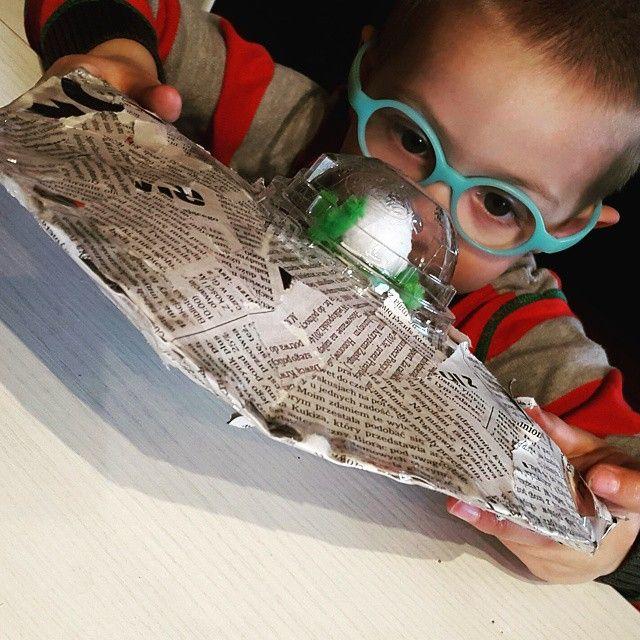 UFO #kidscrafts #dzieci #kids #mama #fun #joy #radość #zabawa #miłydzień #ufo #trzylatek