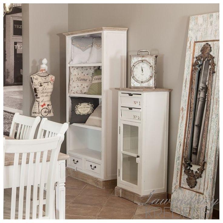 Regał prowansalski Palida Aluro z czterema półkami, który świtnie sprawdzi się i w salonie i w pokoju dziecka. Regał dostęony na http://lawendowykredens.pl/pl/meble-aluro/2706-regal-prowansalski.html