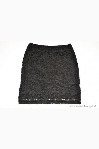 #damesrok #rok #rokken #zwart #zwartkantenrok #kanten #kant #kantenrok #rokjes #handgemaakt #damesmode #dameskleding