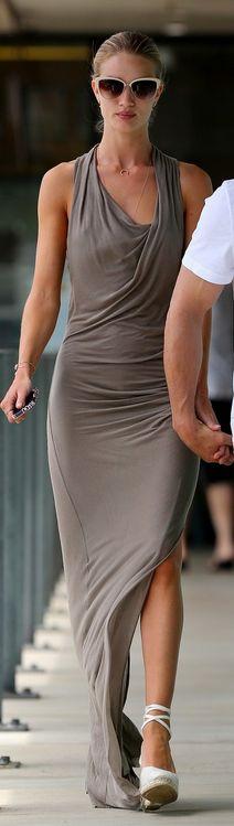 Rosie Huntington-Whiteley's Castaner Carina wedge lace shoe that she wore in Malibu on July 6, 2013