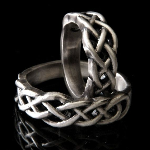 Celtic Knot Wedding Band Set, 925 Sterling Silver Wedding Ring Set, His and Hers Wedding Bands, Celtic Knotwork, Made in Your Size CR-763