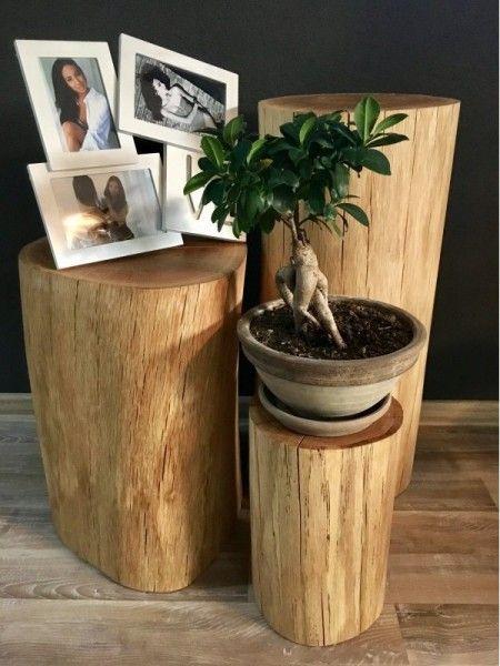 Slovensky-Italiano-English  Set prídavných stolíkov - TRIO z masívneho dubového dreva. Dôkladne vysušené a ručne opracované dubové masívne drevo v podobe troch prídavných stolíkov sa...