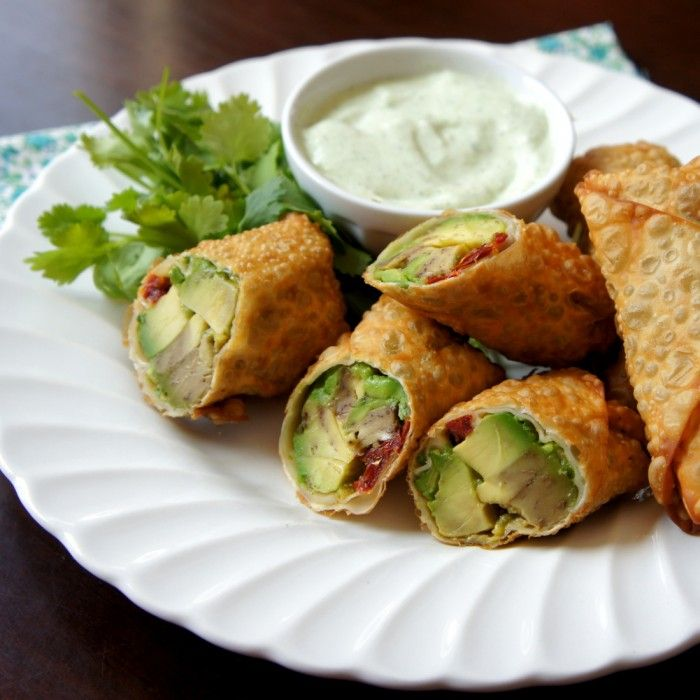 Avocado Egg Rolls with a Creamy Cilantro Ranch Dip! Cheesecake Factory copycat recipe!