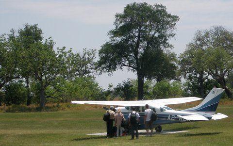 Jenny's Botswana Educational - Air transfer between lodges, Botswana