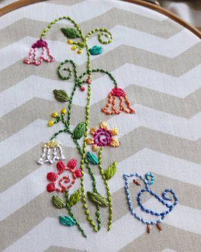 #bordadosmarinamendonca #bordados #cores #embroidery #anchor #linhaseagulhas #arteterapia #bordado #artesanato #saquinhodetecido #organizadores #organize #pontohaste #pontocheio #handmade #cores #feitopormim #feitoamao #tecido