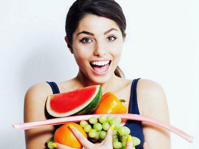 Для красоты и сохранения молодости женщине нужны не только положительные эмоции и хорошее настроение. Незаменимыми в этом вопросе являются витамины. При их недостатке появляются такие проблемы как сухость губ ломкость ногтей шелушение кожи и этот список можно продолжать бесконечно. Естественными источниками витаминов являются свежие продукты фрукты овощи мясные и рыбные продукты.  #МедЭстетикЦентр расскажет о нескольких главных витаминах которые обеспечивают красоту ногтей волос и…