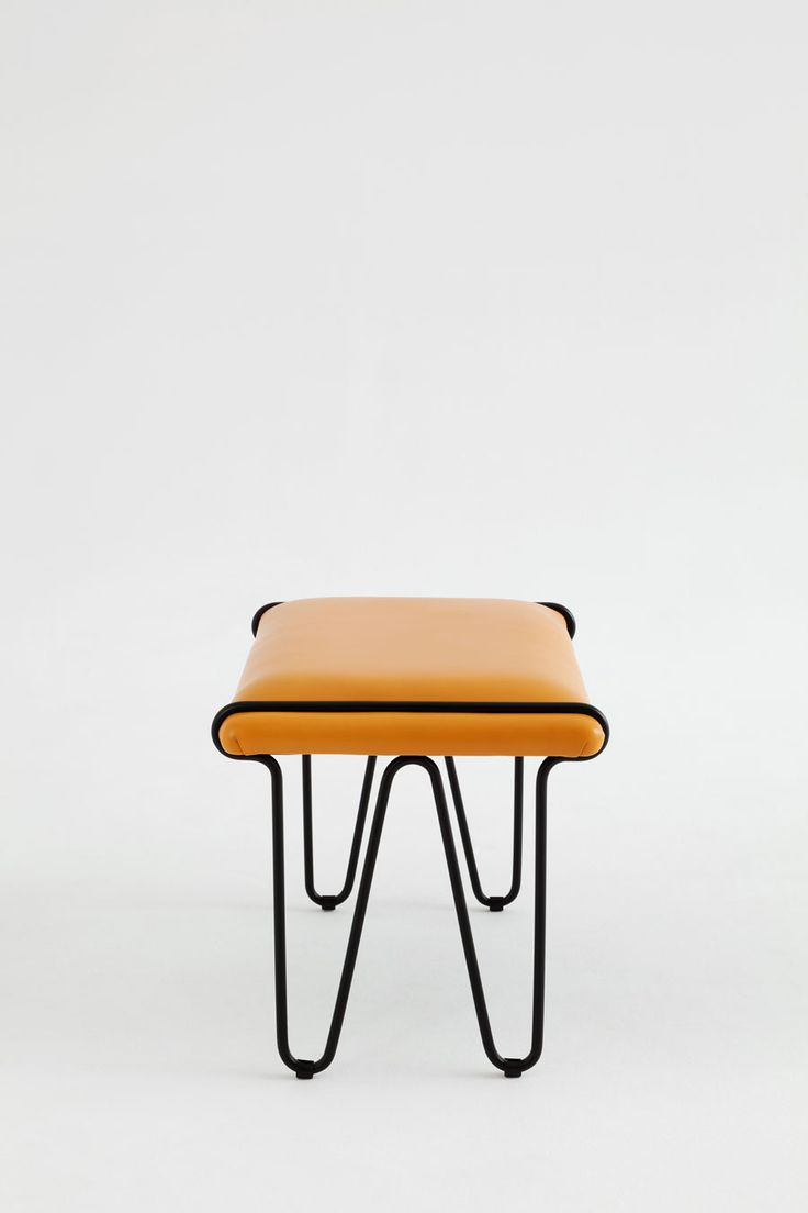 An Elegant Approach to the Monobloc: The Bench Chair