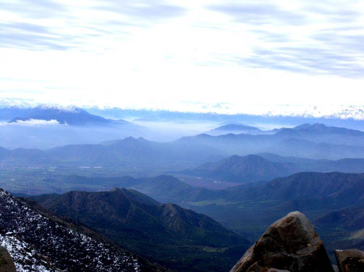 Vista del Valle, haciendo  Trekking   con nieve....