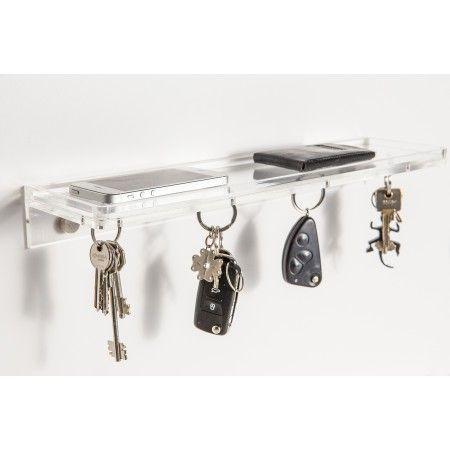 Magneto è una mensola svuota tasche in plexiglass con un potere sovrannaturale: tiene in ordine le tue chiavi senza ganci né chiodi. Il potere sovrannaturale si chiama calamita, ed è inserita nella parte inferiore del ripiano. Perfetta per arredare il vostro ingresso e per non perdere le chiavi. Prezzo 60€  #plexiglass #mensola #design #home #decor #arredo #designtrasparente #metacrilato