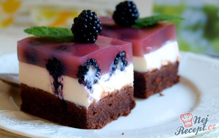 Niekto má rád smotanové zákusky, niekto preferuje ovocné a niekto tvarohové. Ak ste fanúšikom tvarohových koláčov, zákuskov alebo nepečených dezertov, možno si vyberiete jeden zo zbierky...