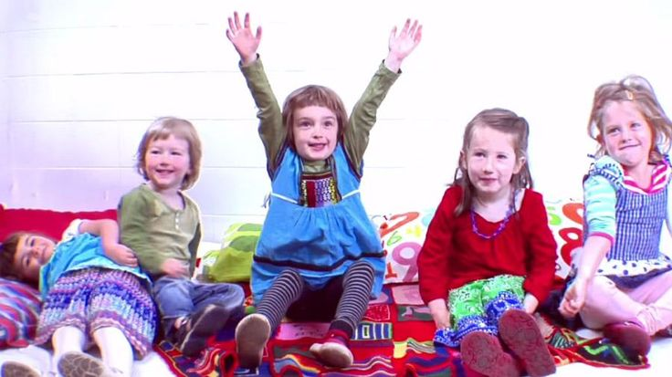 kids-in-holly-throsby-fish-and-mice-video-900x506.jpg
