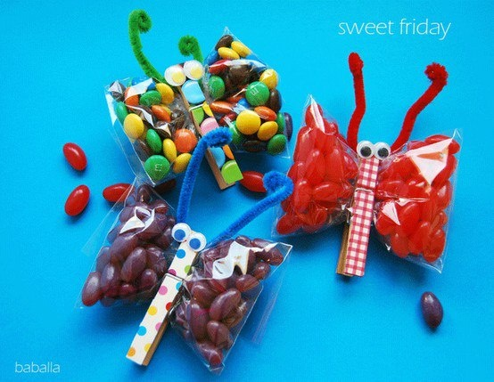 Snack Bugs  This is a cool idea for school or birthday parties!